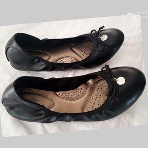 Dexflex Black Comfort Caroline Tie Ballet Flats